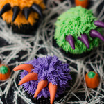 Fuzzy-Clawed-Halloween-Cupcakes-from-Bakingdom