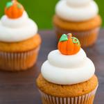 pumpkin-cupcakes3-srgb.