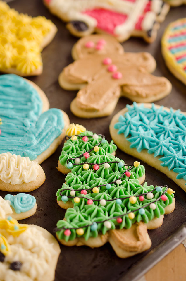 Old-Fashion-Sour-Cream-Cut-Out-Cookies-1-copy